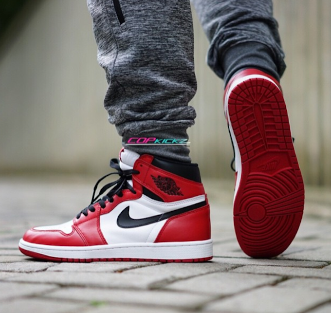 air jordan 1 on feet
